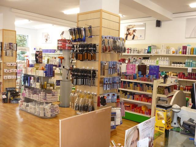 Perfumería Comercial Astur. Zarracina, Gijón. Punto de venta Eva Rogado