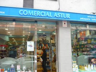 Perfumería Comercial Astur. Menéndez Pelayo, Gijón. Punto de venta Eva Rogado