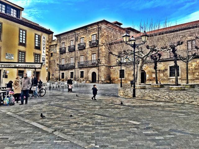 Cimadevilla: Casa Museo Jovellanos