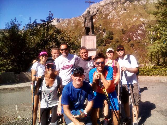Llegada a Covadonga. Foto con Pelayo