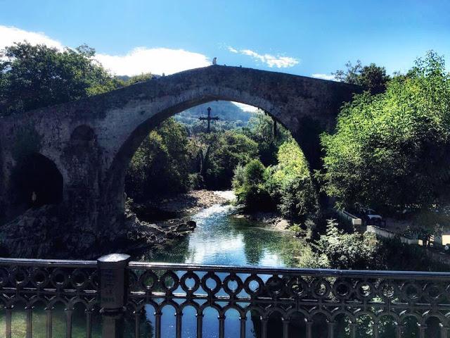 Puente Romano: Cangas de Onís
