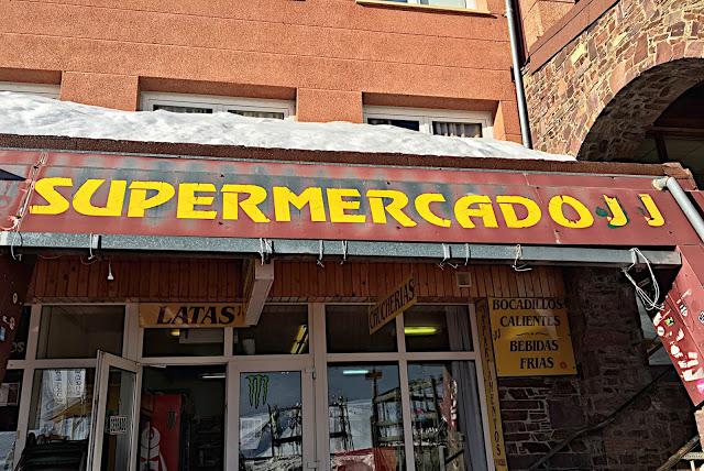 Supermercados JJ, Astún