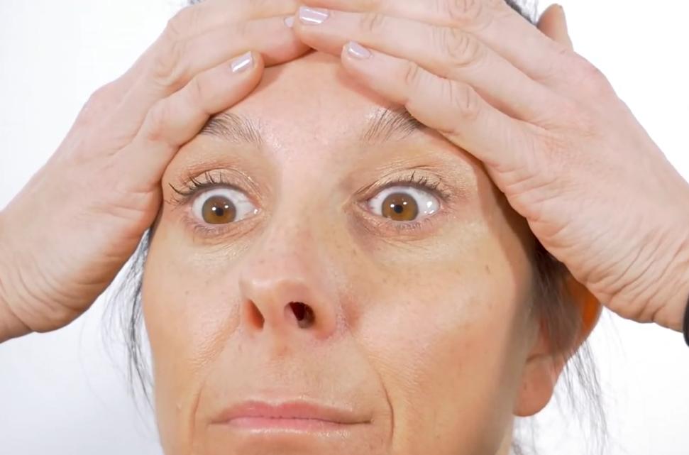 como quitar las arrugas del entrecejo
